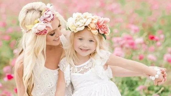 Кружевные отношения дочки и матери
