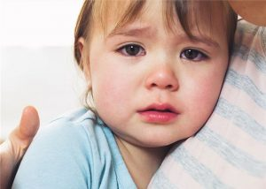Почему плачут маленькие дети1